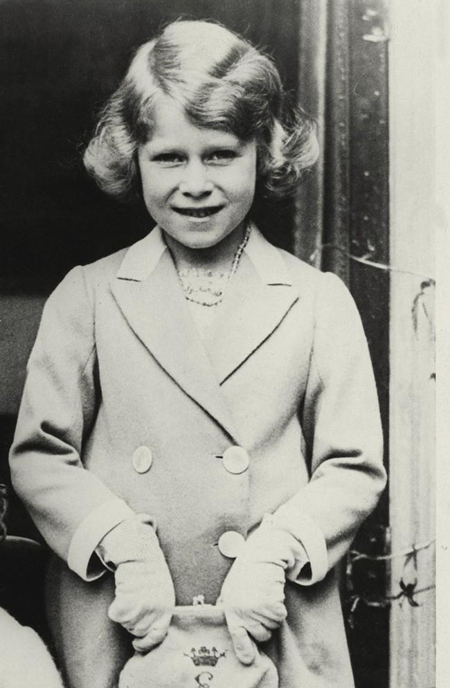 3. Эта малышка держалась как леди с самого детства детство, политики, фотографии