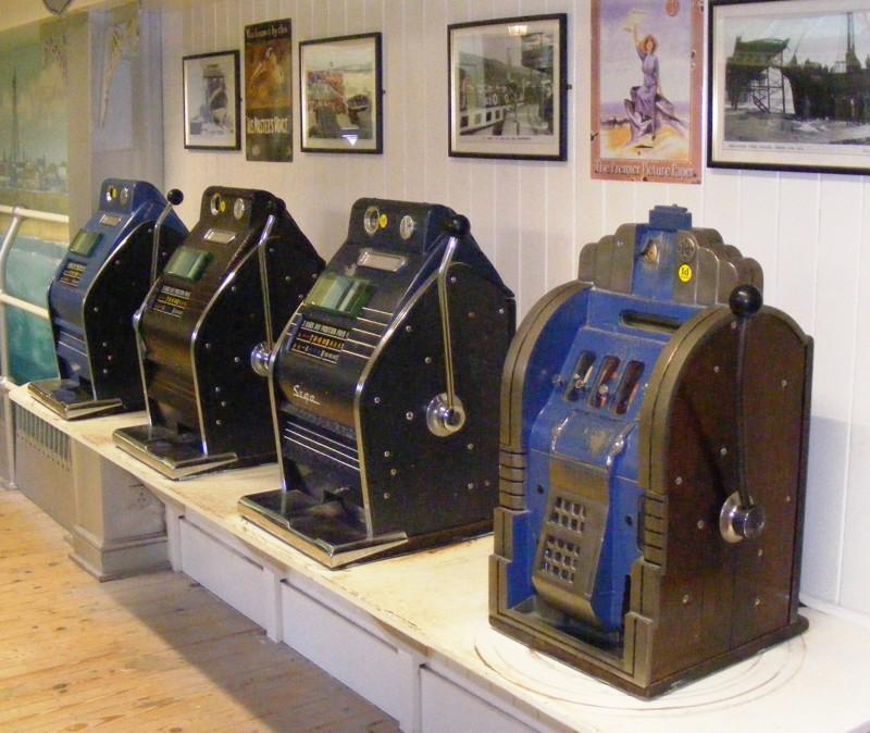 Hugo Boss делал форму для нацистов, а Nokia - калоши. Вот с чего начинали 20 супер-корпораций super, корпорация, начинали, факты