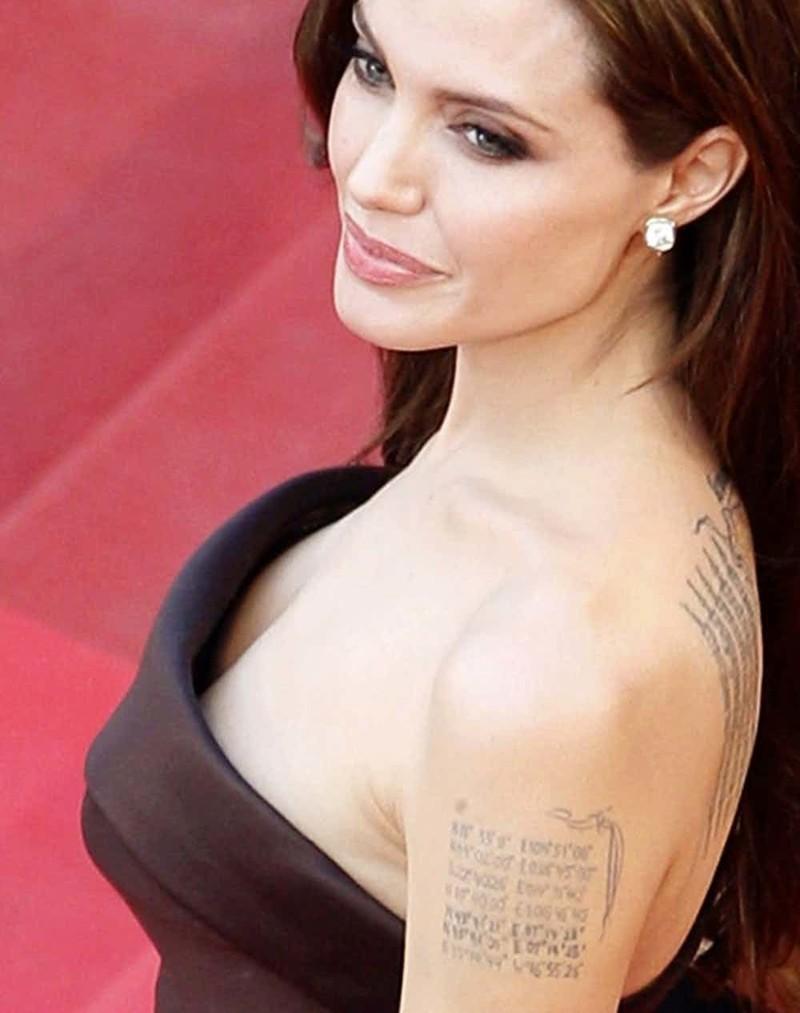 татуировки знаменитостей глупые личные смешные
