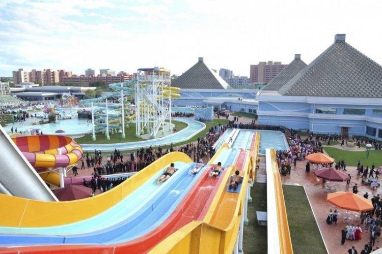 """Аквапарк """"Мунсу"""" в Пхеньяне архитектура, здание, красота, мире, северная корея"""