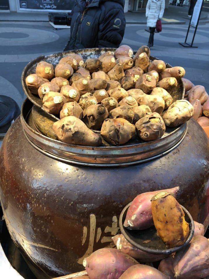 2. Батат: $3 еда, еда быстро, сеул, уличная Еда, уличная еда, фастфуд, южная корея