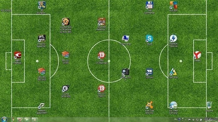 Идея для любителей футбола  заставка, идея, монитор, обои, подборка, рабочий стол, фон, фотография