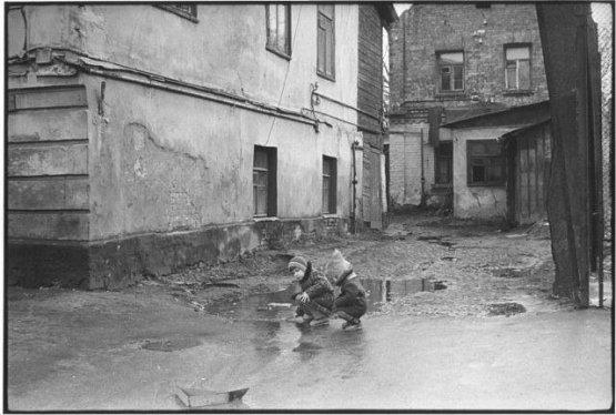 И ведь немного для счастья нужно было, иногда даже лужи было достаточно) СССР, история, фотографии