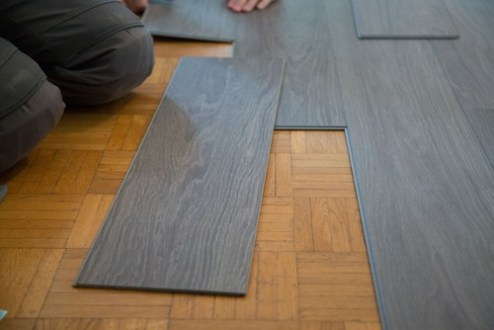 Vinyl vs Laminate Flooring   Pros  Cons  Comparisons and Costs Vinyl
