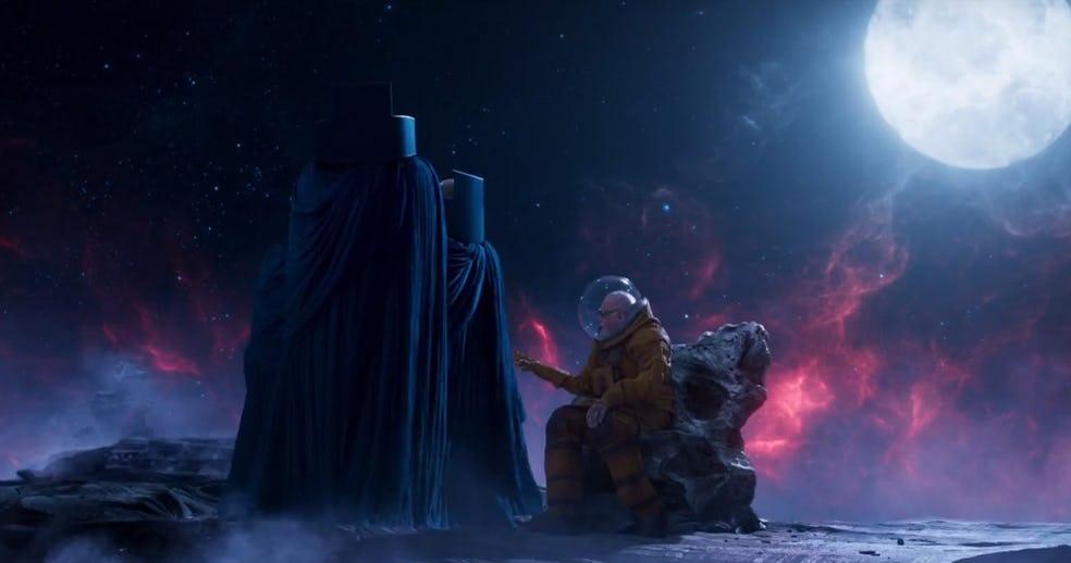 https://i1.wp.com/cdn.flickeringmyth.com/wp-content/uploads/2017/09/Guardians-of-the-Galaxy-2-Stan-Lee-Watchers.jpg?ssl=1