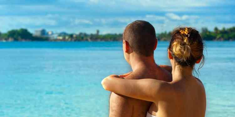 baecation ideas couples