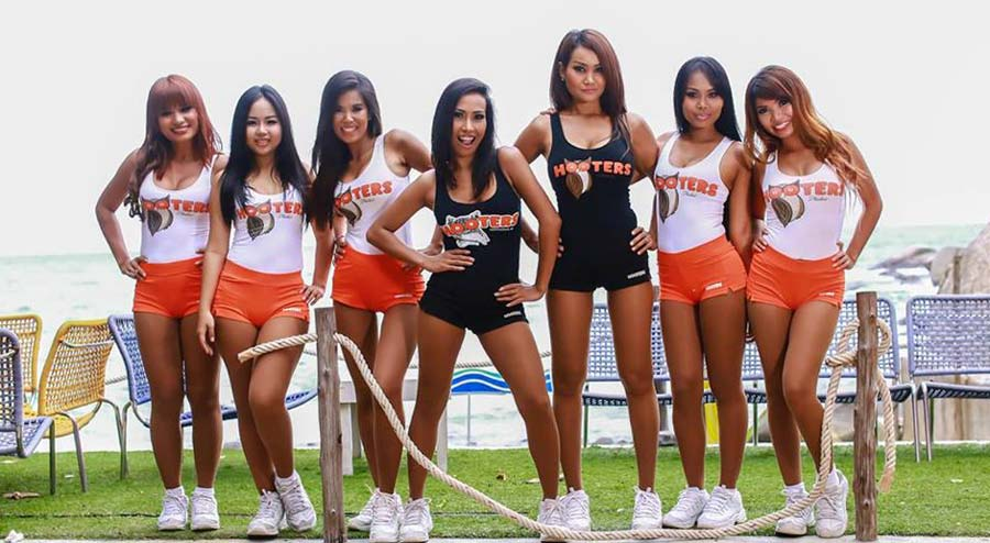 Hooters-Asia