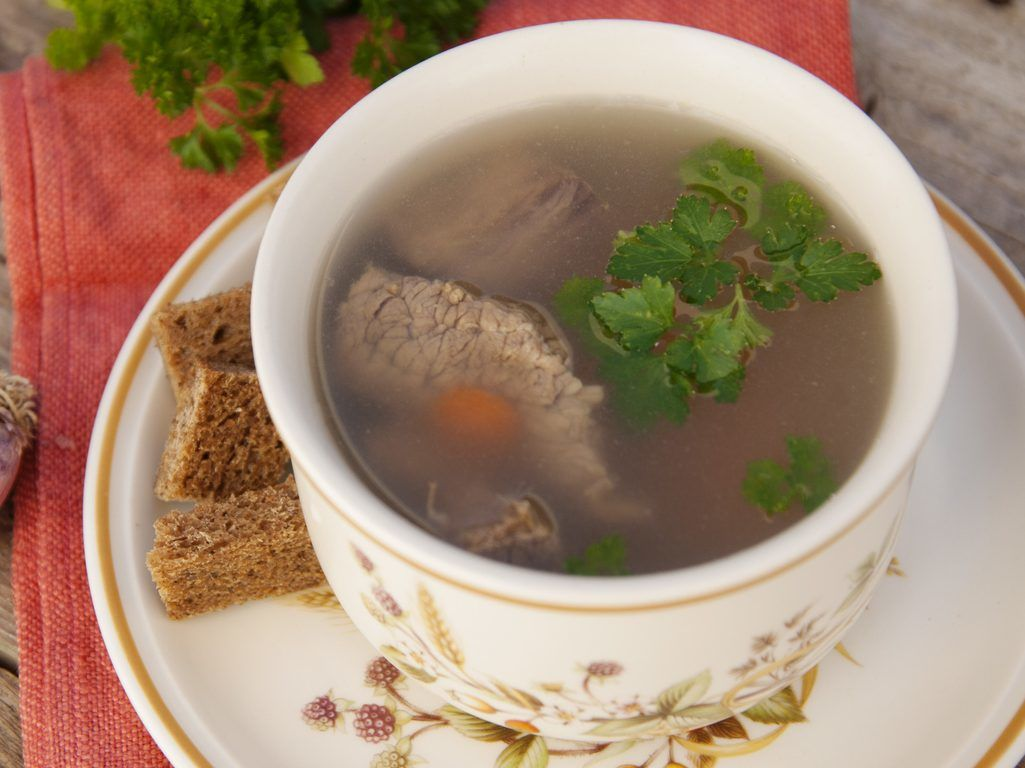 4 Types Of Clear Soup To Warm Yourself With In The Cold Months