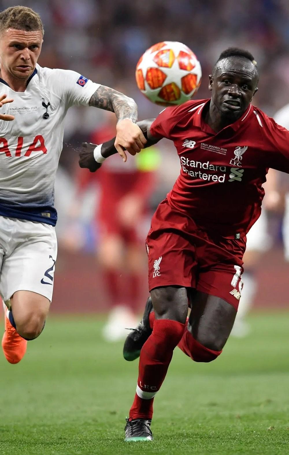 Kieran-Trippier-in-action-for-Tottenham-Hotspur
