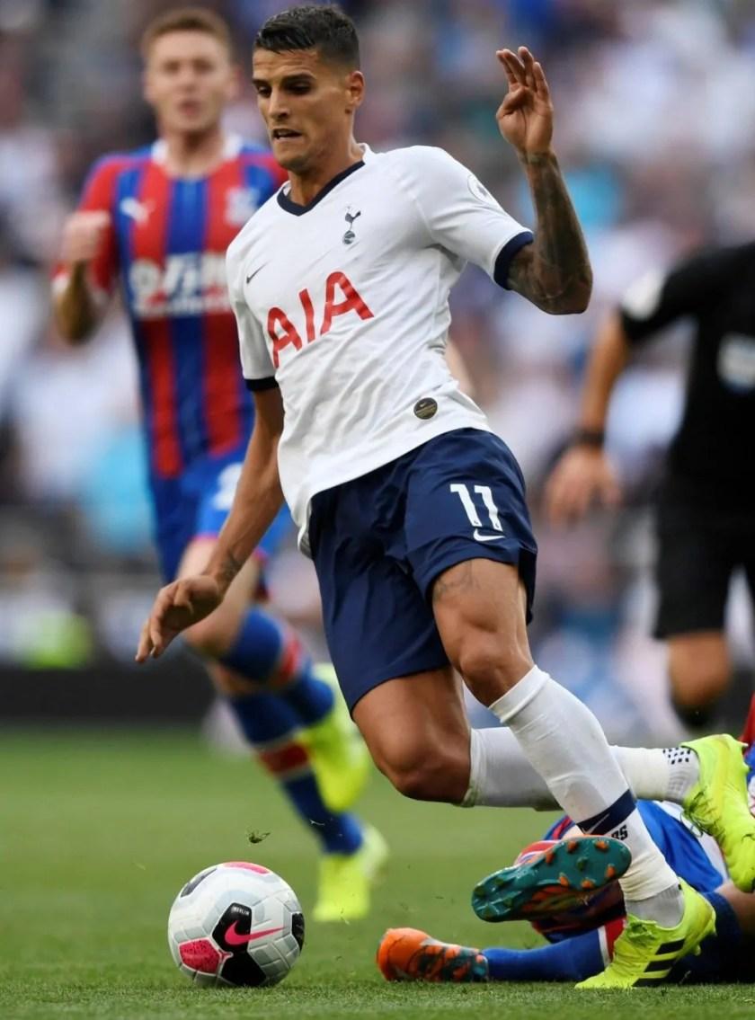 Tottenham-attacker-Erik-Lamela-in-action-vs-Crystal-Palace