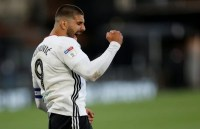 """Parker must unleash """"first-class"""" Fulham beast to exploit Leicester weakness on Monday – opinion"""