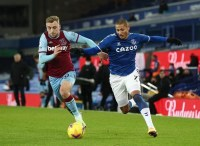"""Worse than Benrahma: """"Humble"""" £96k-p/w WHU ace betrayed Moyes with Everton horror show – opinion"""