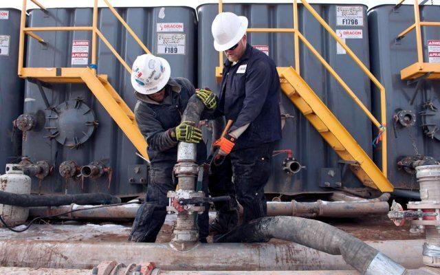 Semarnat reconoce efectos negativos del fracking, y aun así en México se le da el sí. (Foto: Reuters)
