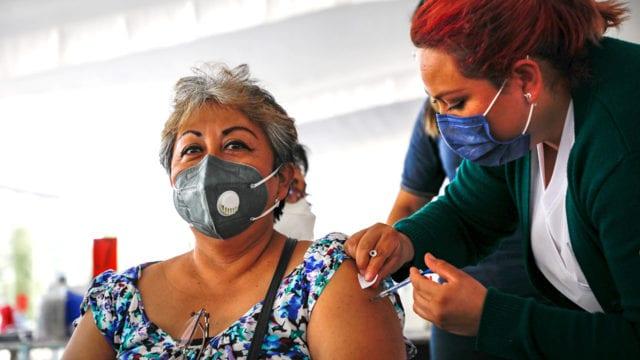 Gobierno da por vacunada a toda la población mayor de edad de Baja  California