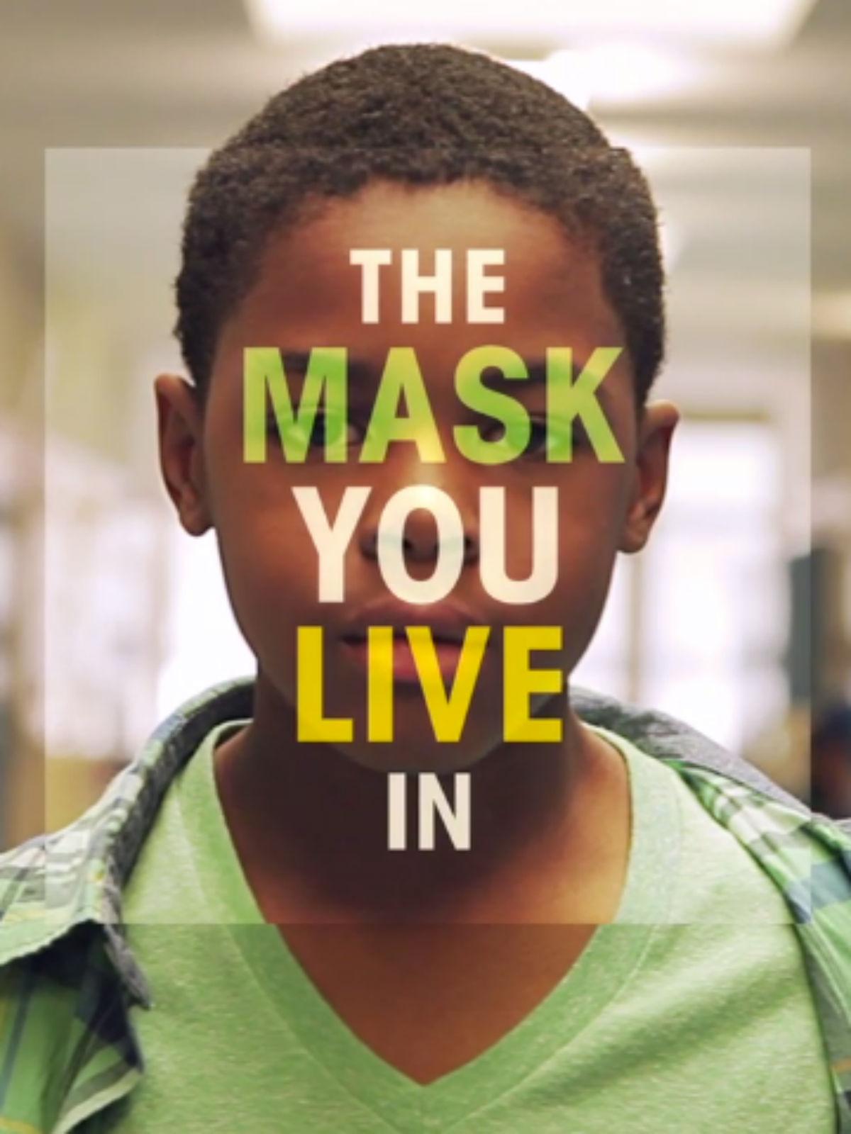 Poster do filme A Máscara em que Você Vive