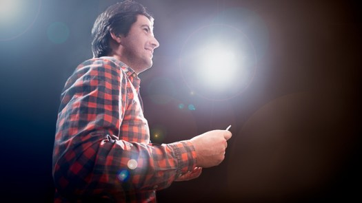 Behind the Scenes: How I Photographed a Motivational Speaker on Stage Without Having Access to a Stage