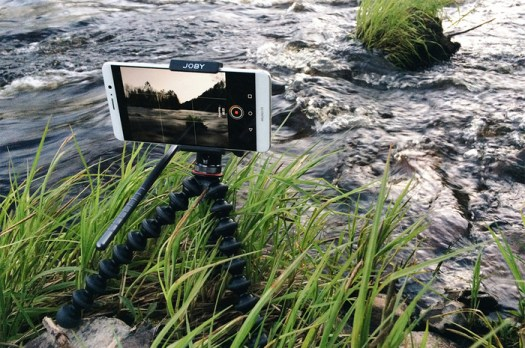 Create Higher Quality Smartphone Videos With the Joby GripTight PRO Video Mount
