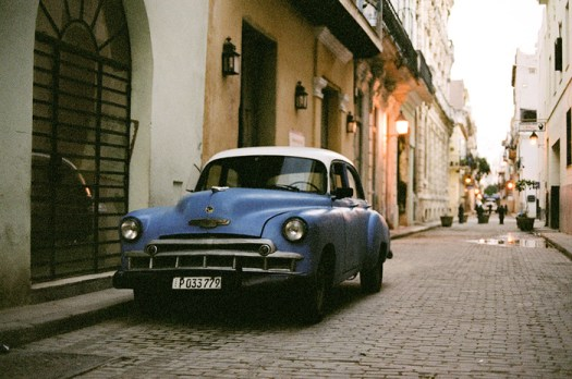 Walking the Streets of Havana, Cuba With the 35mm Film Canon AE-1 Program