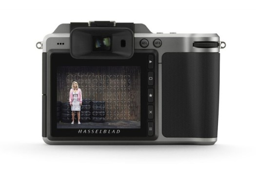 Hands-On With Hasselblad X1D-50c's New Firmware, Adds Electronic Shutter and Multiple Focus Points