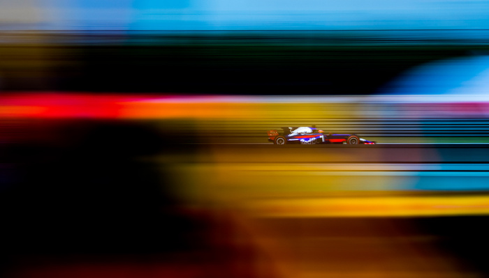 Think Fast: What It's Like To Be A Formula 1 Photographer