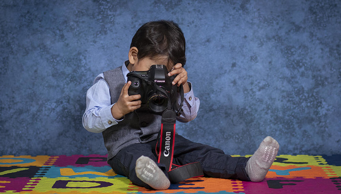 Make It a New Year's Resolution to Introduce Photography to a Loved One