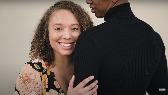 Helpful Tips for Posing Couples Who Aren't Models in Engagement Photos