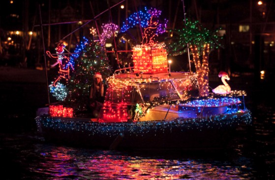 2017 Holiday Lights Amp Sights Boat Parade Fishermans Wharf