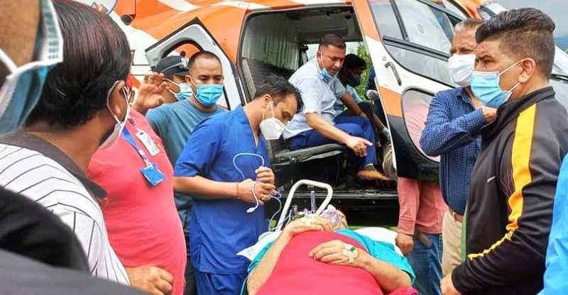 पोखराका मेयर जिसीको थप उपचारका लागि काठमाडौ लगियो