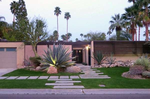 modern palm springs gardens Required Reading: The Mid-Century Modern Garden by Ethne