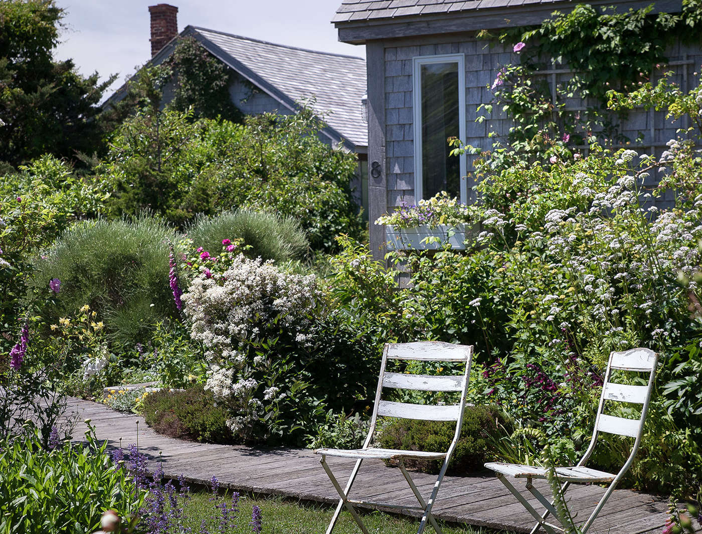 Landscaping Ideas: A Classic Cottage Garden on Cape Cod ... on Bungalow Backyard Ideas id=21065