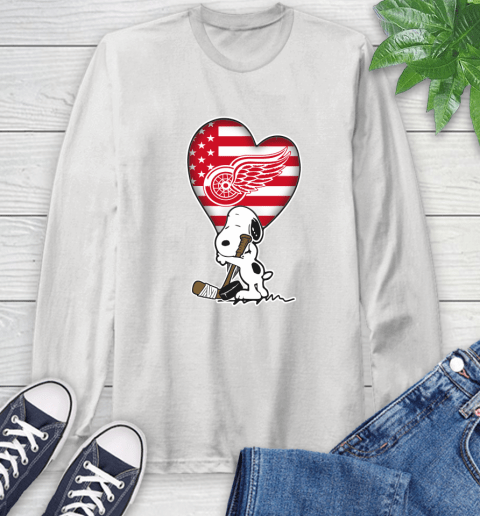 Detroit Red Wings NHL Hockey The Peanuts Movie Adorable Snoopy Long Sleeve T-Shirt