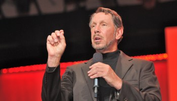Oracle bolsters its public-cloud cred, buying domain-name service firm Dyn