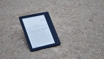 Review: Amazon's Kindle Oasis may be the best e-reader ever — but here's how it could have been better
