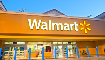 Walmart employees can now complete online orders for in-store customers seeking sold out items