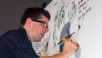 Watch visual strategist Guillaume Wiatr draw on the excitement of the GeekWire Summit over 2 days