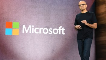 Microsoft could be first tech company to reach trillion-dollar market value, analyst predicts
