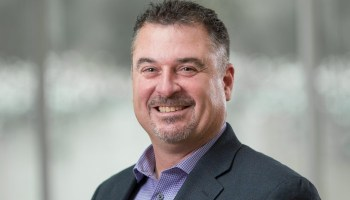 Q&A: Soon-to-be VC Bob Kelly on Microsoft-Amazon rivalry, cloud computing in Seattle and Alice in Wonderland