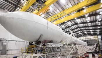 SpaceX gets ready to return to flight amid revelations about rocket finances
