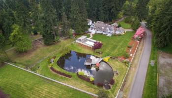 Equestrian Estate on Hollywood Hill, Woodinville