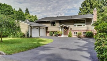 Beautifully remodeled 5 bedroom home in the heart of Bellevue