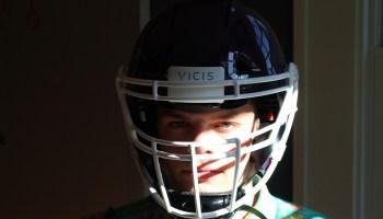 Vicis football helmet unboxing: Watch a high school linebacker open his new high-tech head protector