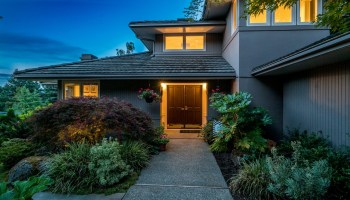 South End Home in Mercer Island