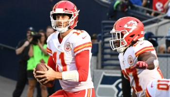 NFL quarterbacks Aaron Rodgers and Alex Smith make another investment in helmet-maker Vicis