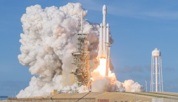 Elon Musk's SpaceX aims to raise $500M as it makes progress on its Big F'n Rocket