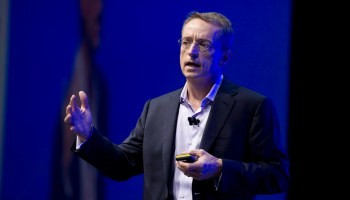VMware bets that new versions of vSphere and vSAN will make the hybrid cloud easier to manage
