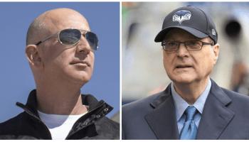 Billionaires leave space legacies: Jeff Bezos, Paul Allen join 'Legends of Aviation'