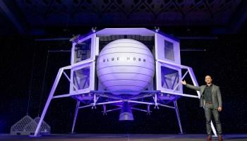 Blue-Origin-Blue-Moon-Lander-Reveal
