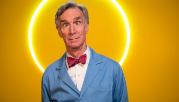Bill Nye swears, and Microsoft Windows is cursed, in new promotion videos for Google's Chromebook
