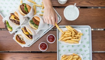 After putting down roots near Amazon HQ, burger chain Shake Shack to open location east of Seattle
