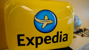 Expedia makes peace with United Airlines in latest deal to cement travel giant's role in online booking